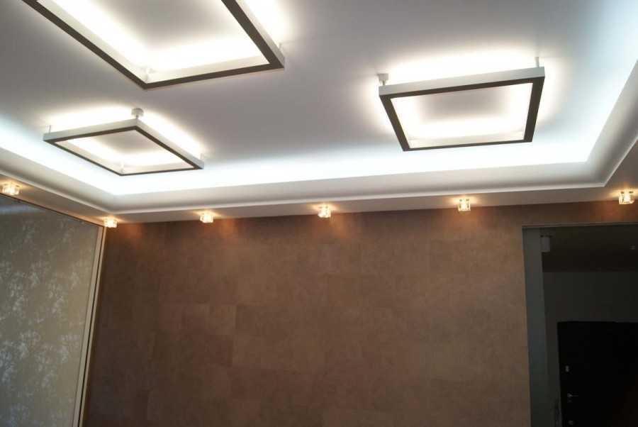 Квадратные люстры для натяжных потолков фото