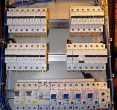 Avtomatyi-v-shhitke-10-233x220.jpg