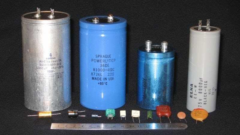 Какова схема подключения искрогасящих конденсаторов на коллекторный двигатель