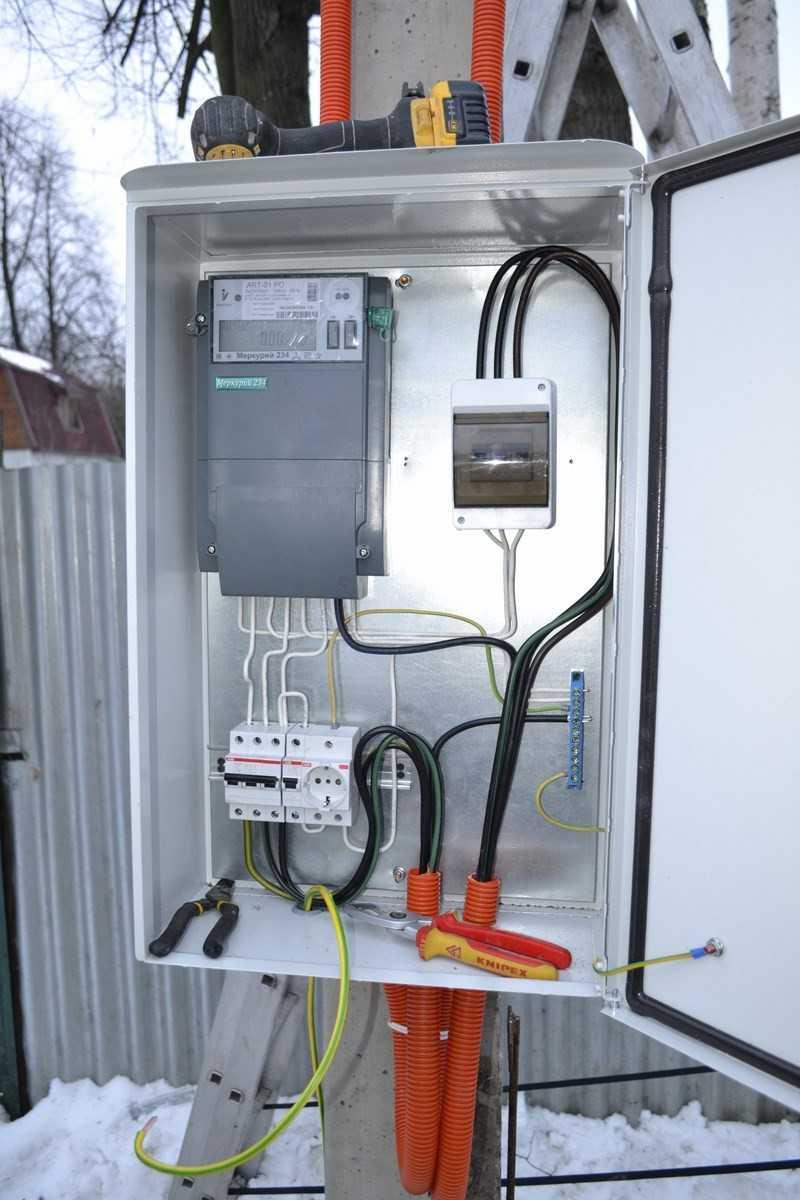 Подключение электричества к участку без строений, провести электричество на участок по низкой цене.