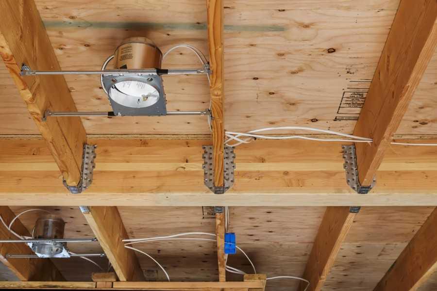 Как сделать электрику в деревянном доме цены 145